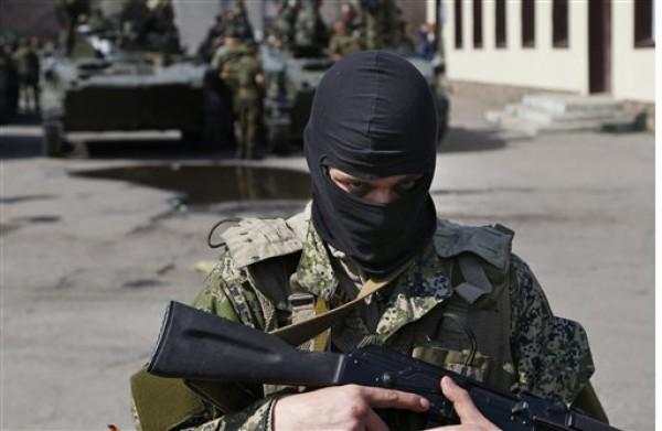 Россия насторожилась: в страну хлынуло нелегальное оружие из Донбасса