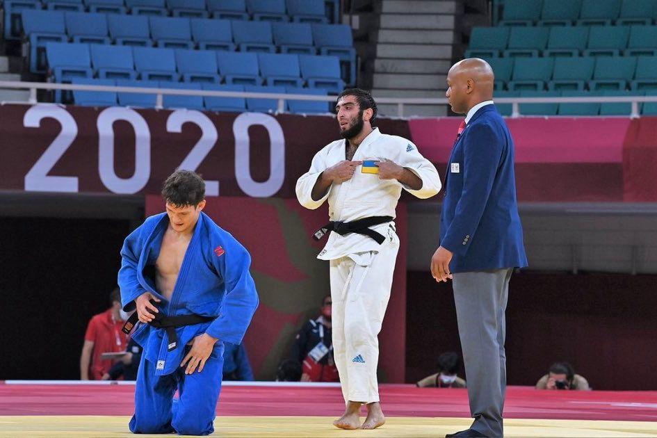 Дзюдоист Украины Магомедов, победив спортсмена РФ на Паралимпиаде, показал красноречивый жест