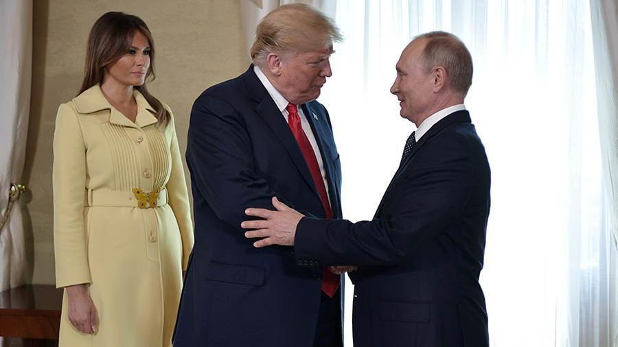 """После рукопожатия с Путиным Меланию Трамп """"перекосило"""" - в РФ начали жалкие попытки """"отмазать"""" президента"""