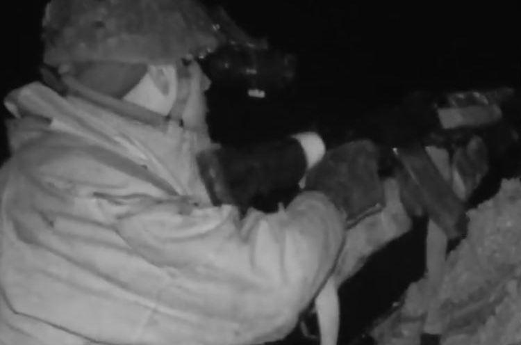 Тихо зашли - тихо вышли: в Сети появились мощные кадры реального ночного боя ООС с оккупантом