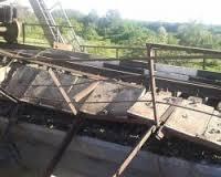 В Донецкой области взорваны еще два ж\д моста