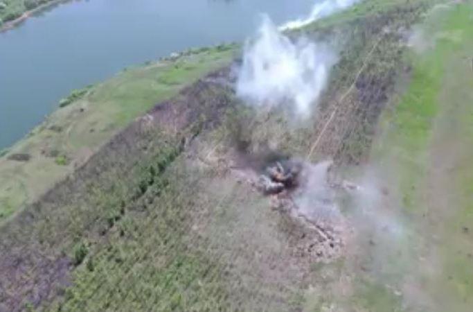 Бойцы К-2 не оставили камня на камне на позиции врага на Светлодарской дуге - видео атаки