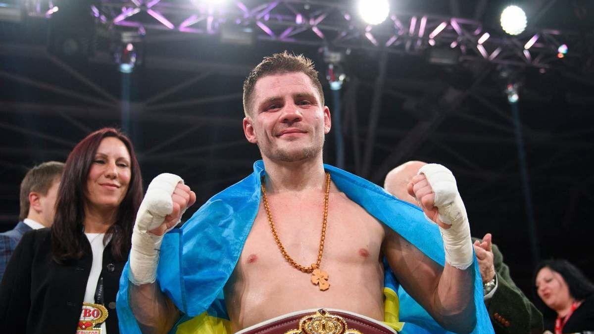 Беринчик избил Лобова в бою на голых кулаках: экс-россиянин не вышел на 5-й раунд