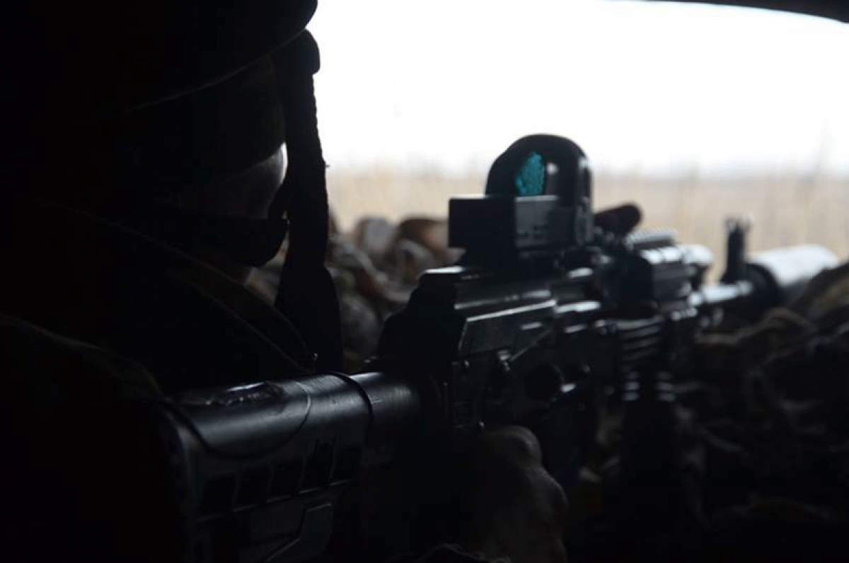 "Снайпер ""Азова"" отомстил за погибшего побратима - у ""ДНР"" тяжелые потери"