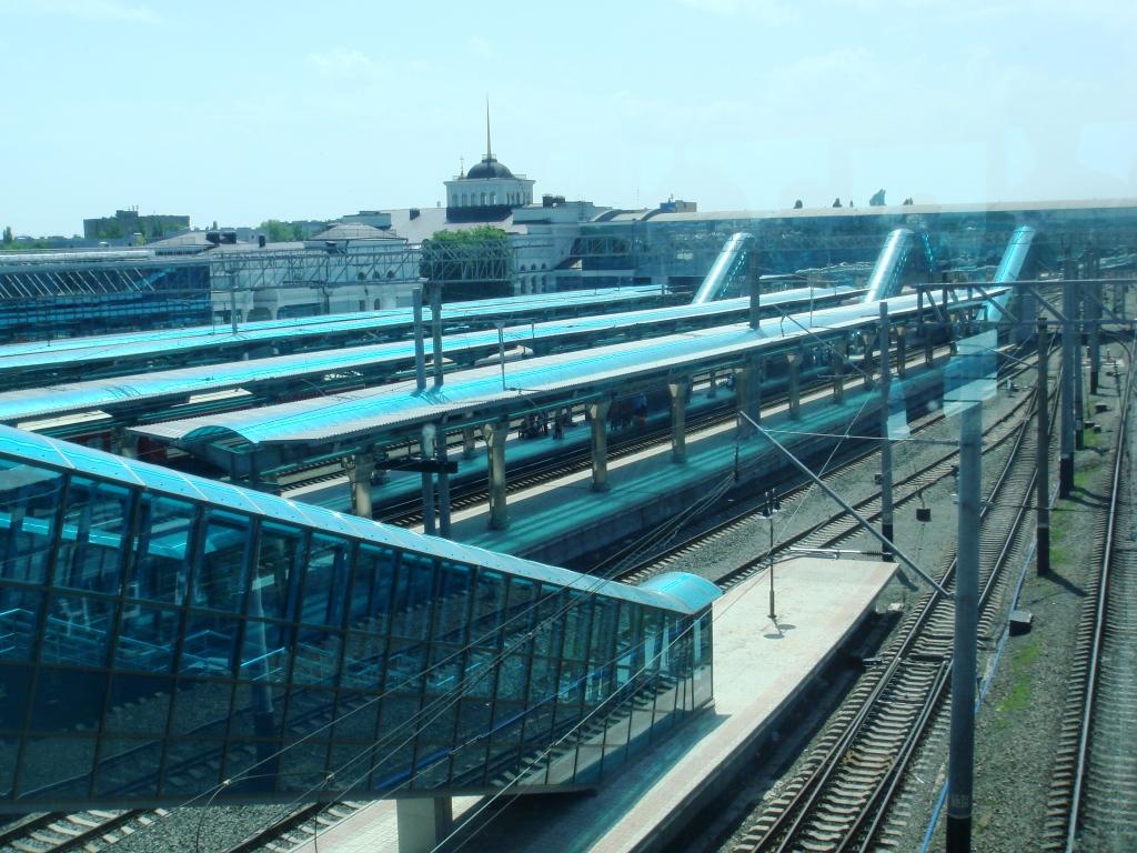 Донецкая ЖД отменила движение поездов по двум маршрутам