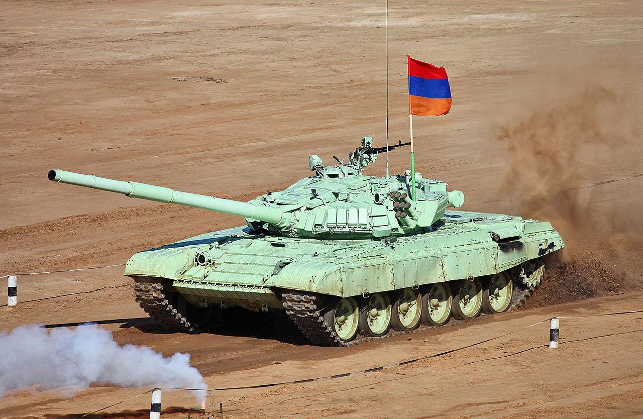 Азербайджан взорвал еще три Т-72 Армении в Нагорном Карабахе: в ход пошли дроны-камикадзе