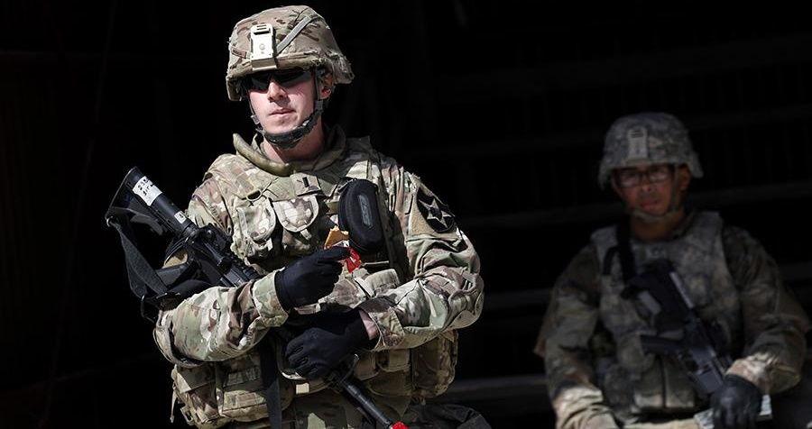 """На авиабазе в США произошла стрельба: объявлена команда """"В укрытие!"""""""