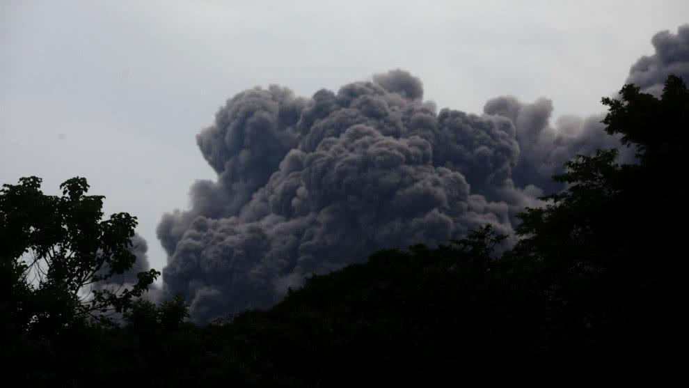 Новые кадры смертельного апокалипсиса на Гватемале: у людей от извержения Фуэго лопалась кожа и одежда