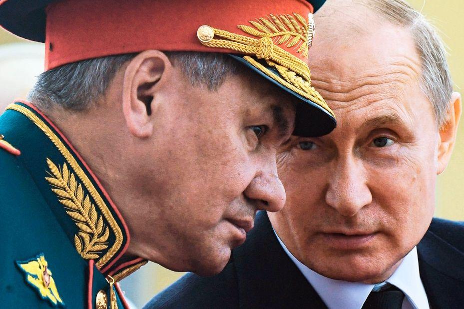 Блеф Путина с войсками у границ Украины не сработал - испугать не получилось, откатывает назад