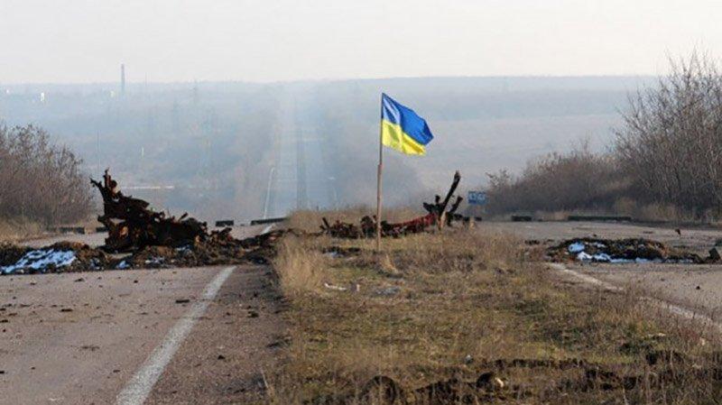 Силы АТО взяли под полный контроль окраины Донецкого аэропорта и взлетную полосу:  террористы  в панике и боятся наступления, - кадры