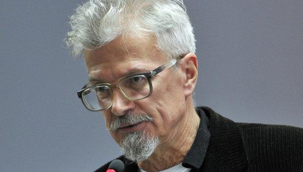 Российский политик Лимонов призвал ввести войска в Казахстан: необходимо защитить русских