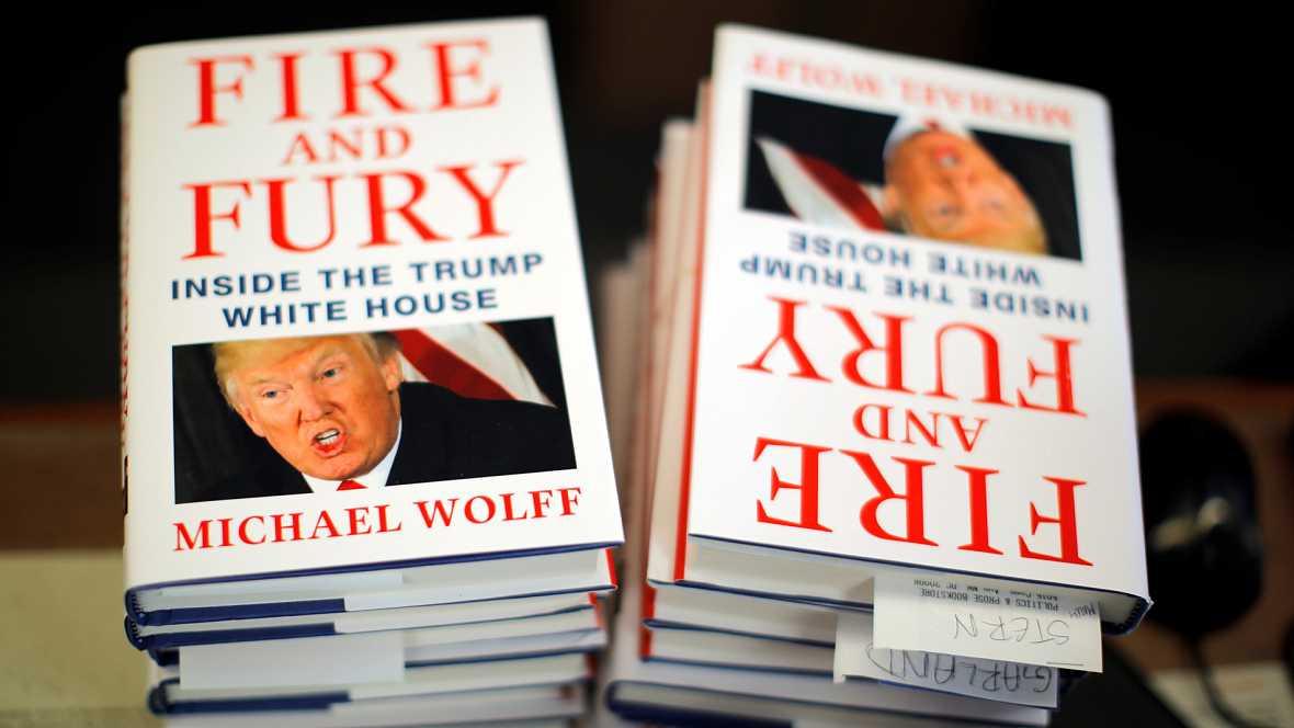 """У лидера США сдают нервы: Трамп публично обозвал """"психически больным"""" автора нашумевшей книги """"Огонь и ярость"""" Майкла Волффа"""