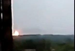 Как прошла ночь в Донецке: взрывы на Азотном, пылающий аэропорт и пожар в поселке Луганское за Донецком