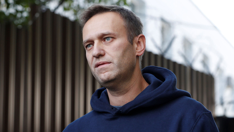 Навального хотят посадить на 10 лет: Bloomberg пояснил чего добивается Кремль