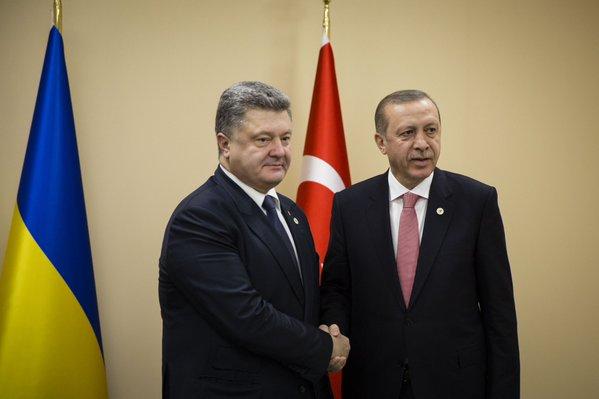 На полях саммита по климату Порошенко встретился с Эрдоганом