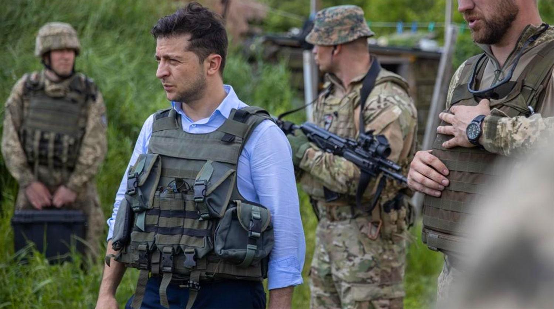 """""""Хочу быть с нашими солдатами"""", – Зеленский прибыл на линию соприкосновения на Донбассе"""