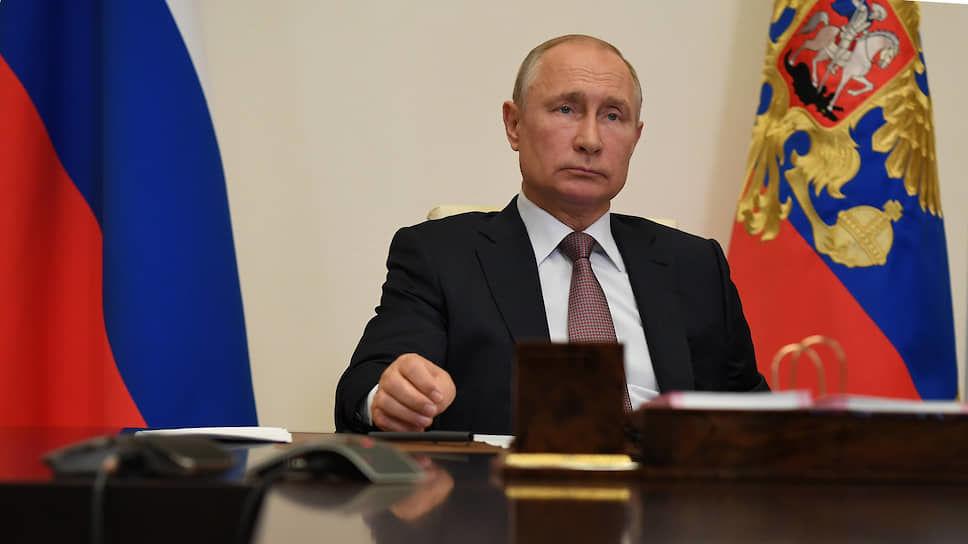 """""""Готовит переговорную позицию: Путин неспроста открыл охоту на российскую оппозицию"""", – политолог"""