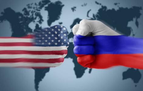 Кремль в дикой ярости: Минобороны РФ грозится сбивать самолеты США из-за уничтожения асадовского бомбардировщика в Сирии