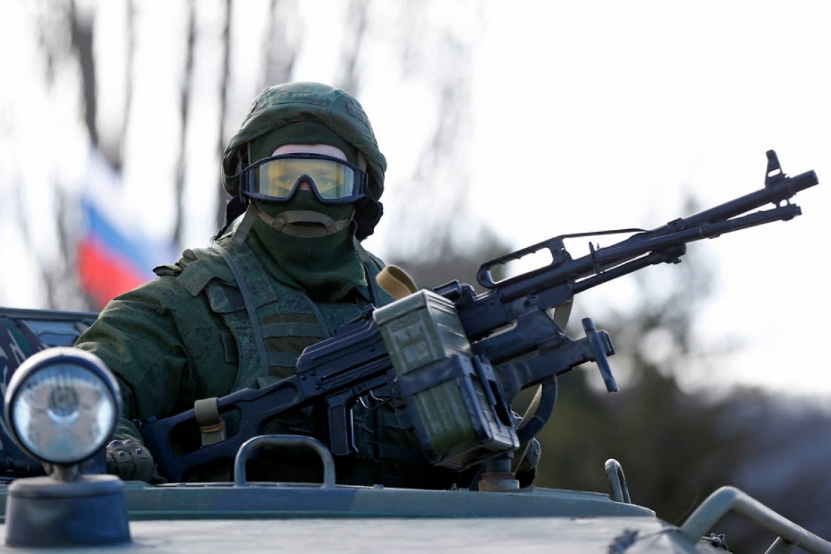 В Луганск зашло боевое подразделение ВС России с танками, БМП и артиллерией, - источник