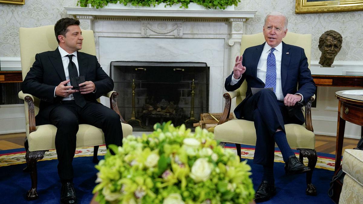 """Голобуцкий о сигналах США Кремлю во время встречи Байдена с Зеленским: """"Было неоднократно четко указано"""""""