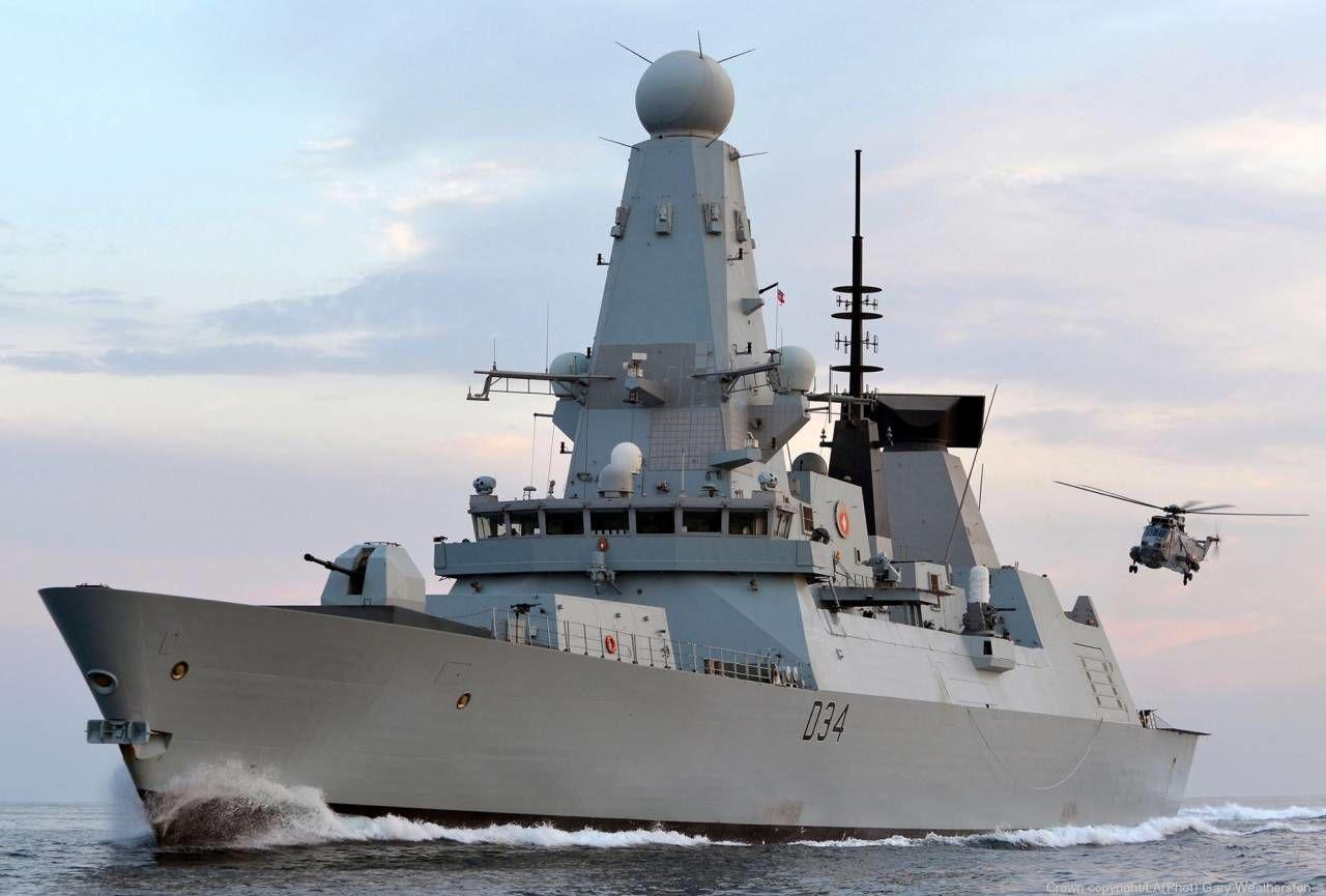 Россия выдала учебную стрельбу за героическое отражение атаки британского эсминца – Арестович