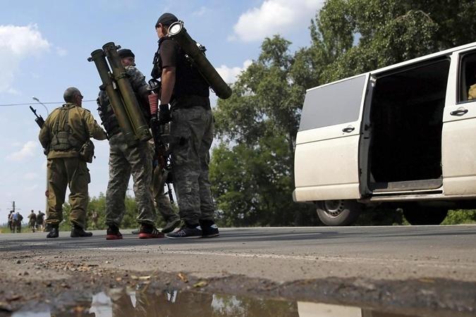 Трасса соединяющая Луганск с остальной территорией ЛНР под контролем украинских силовиков