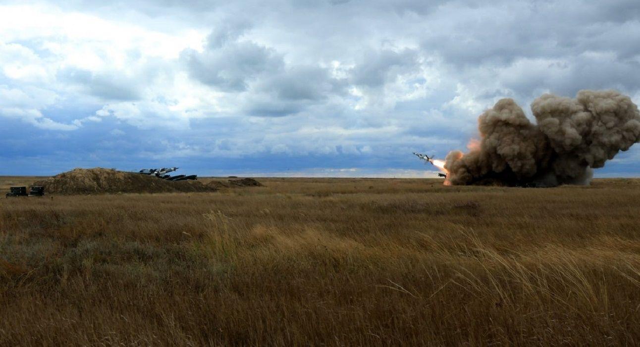 """Вооруженные силы Украины провели первые в этом году боевые стрельбы зенитно-ракетных комплексов """"С-125"""" и """"Оса-АКМ"""""""