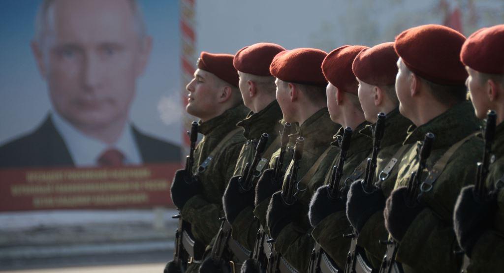 Путин тщательно готовит Росгвардию в бой: бывший полпред Меликов стал новым замглавы ФСВНГ