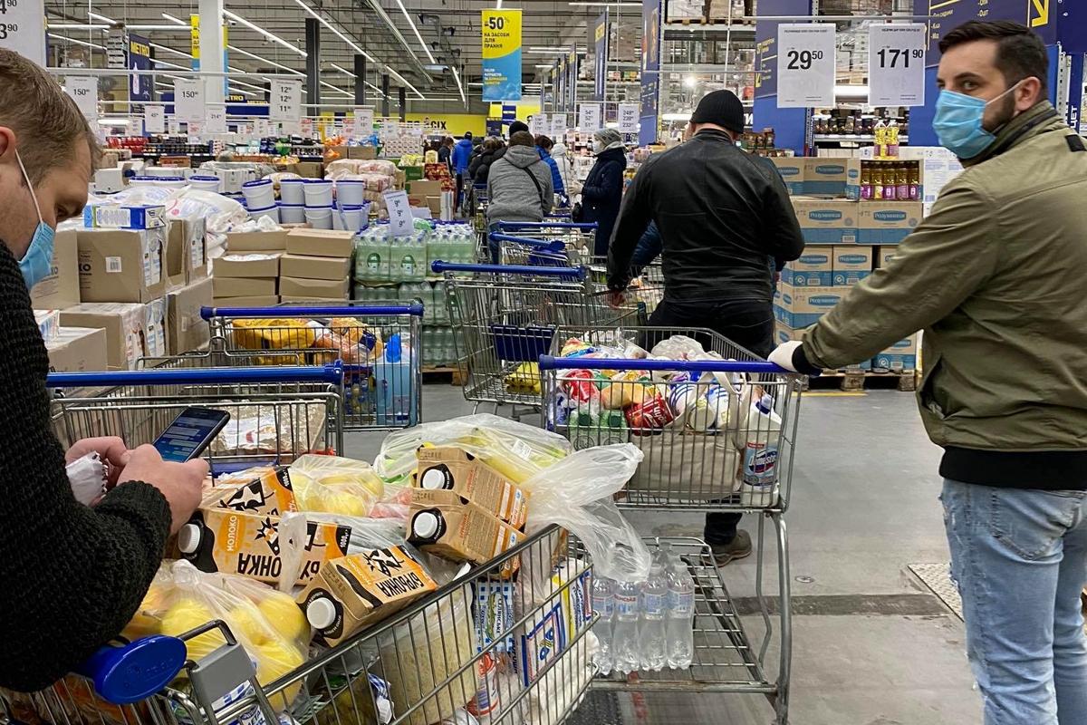 COVID-19, киев, украина, карантин, кличко, супермаркет