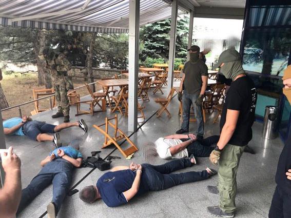 В Николаеве полицейские взяли крупного криминального авторитета Наума - кадры