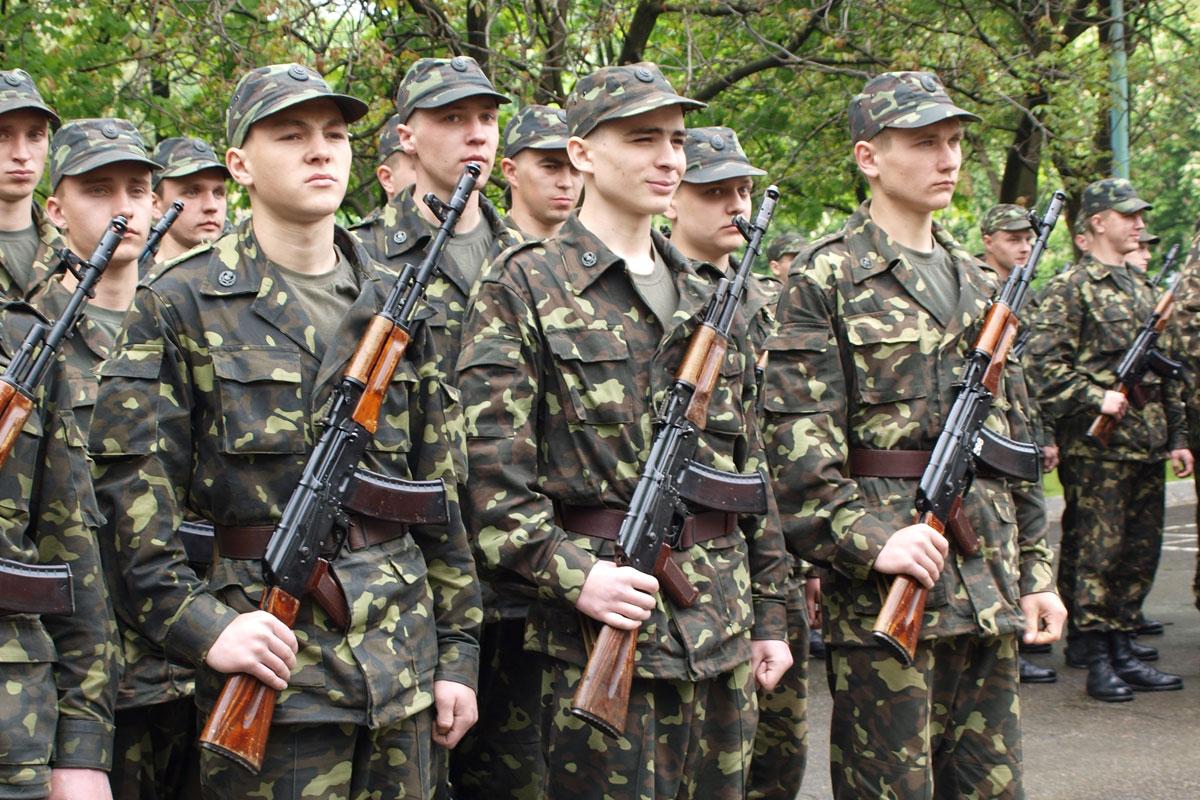 Пополнение: из Харькова в армию призвали еще 200 человек