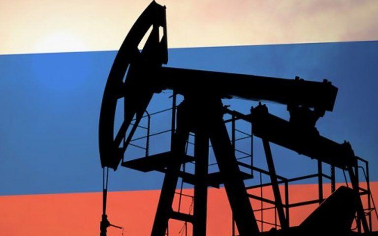 """""""Частушки под балалайку у нефтяной бочки привели Россию к колоссальным проблемам"""", – блогер"""