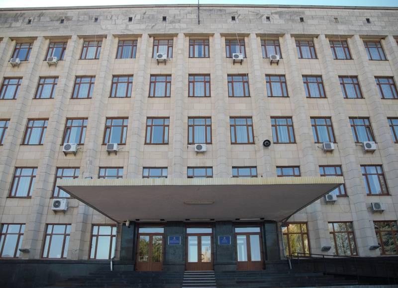 Позвонил в 4 утра матери, а потом выстрелил: СМИ назвали фамилию депутата Житомирского облсовета, выжившего после попытки самоубийства