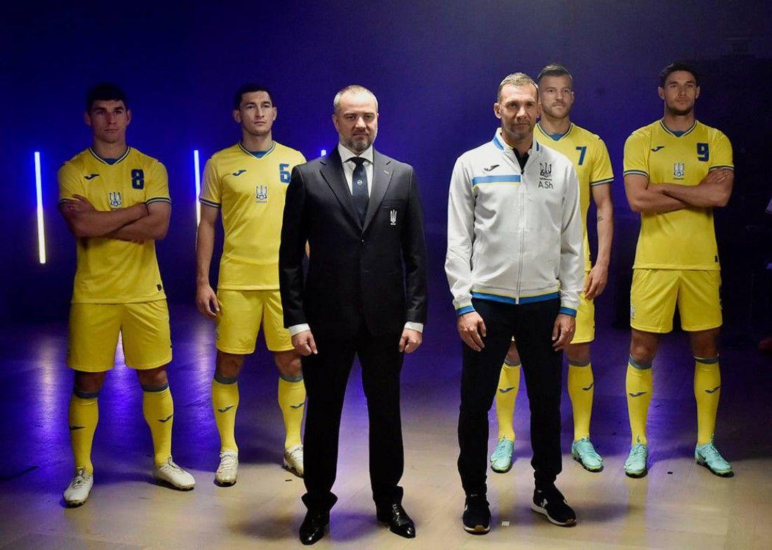 "Павелко объявил о ""победном компромиссе"" с УЕФА: определена судьба надписи ""Героям слава!"""