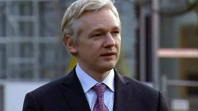 Дело Ассанжа: Великобритания сделала формальный протест Эквадору