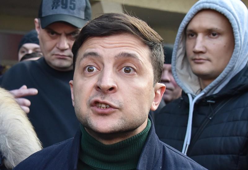 Зеленский покажет свое лицо сразу после выборов: стало известно о радикальном шаге комика после второго тура