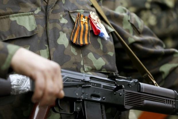 """Кремль стягивает на Донбасс небывалые объемы вооружения: террористы ждут """"переломного момента"""" - подробности"""