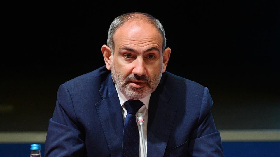 Захват 6 армянских солдат в плен - Пашинян срочно прибыл на границу с Азербайджаном