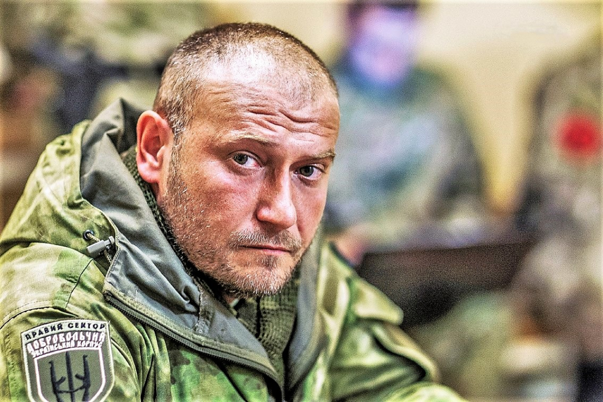 """Ярош обратился к ВСУ из-за перемирия на Донбассе: """"Власти решили, что Украину можно сдавать врагам"""""""