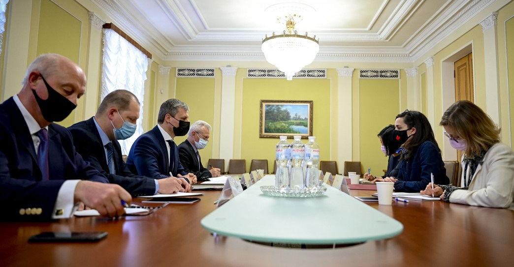 Усиление боеготовности на границах Украины: Киев обратился с просьбой к НАТО