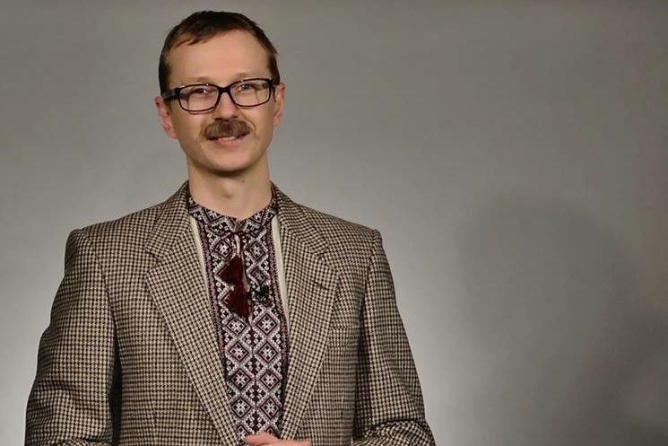 """Ведущий """"Телевидения Торонто"""" Майкл Щур подрался в Киеве с парнем на самокате: """"Мы попали"""""""