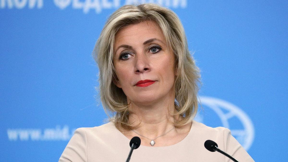 """Захарова обвинила Украину и НАТО в """"бесконечной дестабилизации у границ России"""""""