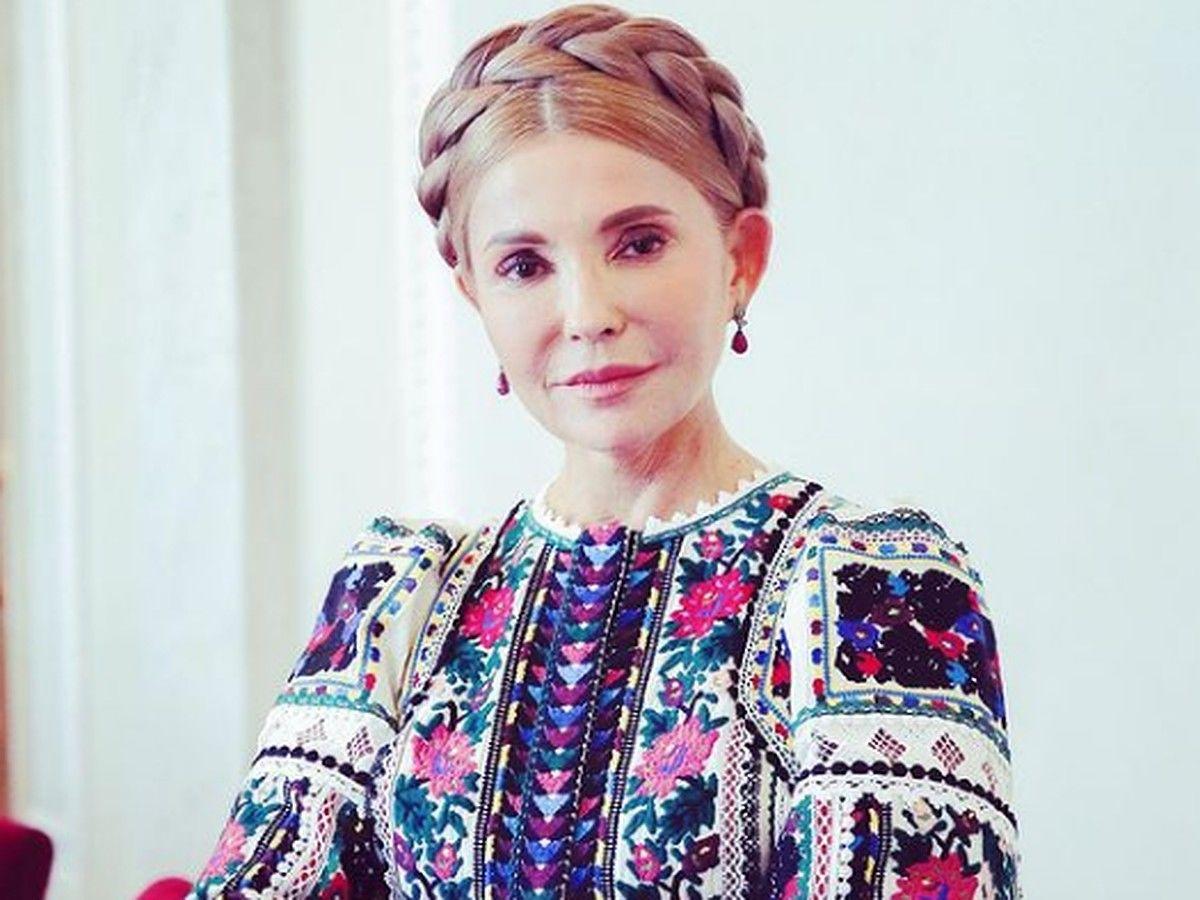 День вышиванки-2021: депутаты Рады и дипломаты МИД Украины похвастались яркими образами