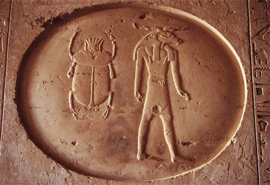 Под Полтавой при строительстве дороги нашли связанный с Египтом артефакт, которому 2000 лет