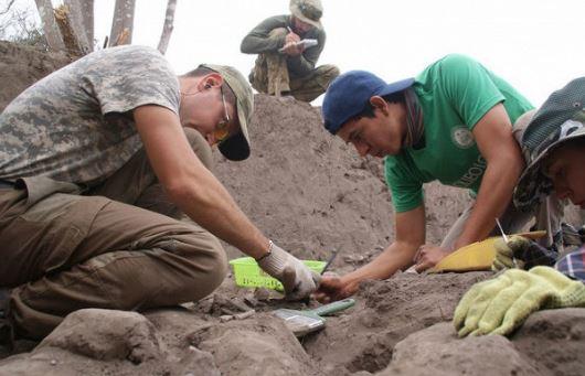 В Эквадоре при раскопках нашли гигантские 8-метровые останки: исследователи поражены увиденным - фото