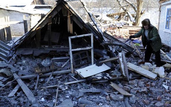 В Донецке не смолкают взрывы, обстановка остается напряженной, - мэрия