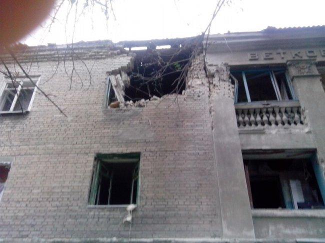 Донецк: артобстрелы в День флага и День независимости