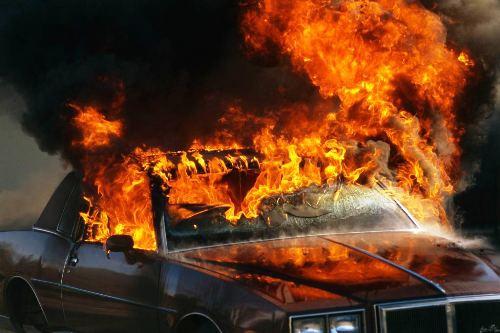 На Херсонщине из-за автомобильного пожара погибла пенсионерка
