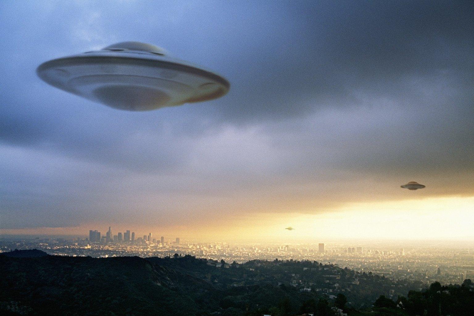 НЛО, инопланетяне, пришельцы, космос, США, Миннесота, смотреть видео, кадры, летающая тарелка, внеземные цивилизации, инопланетные цивилизации, НЛО близко к людям