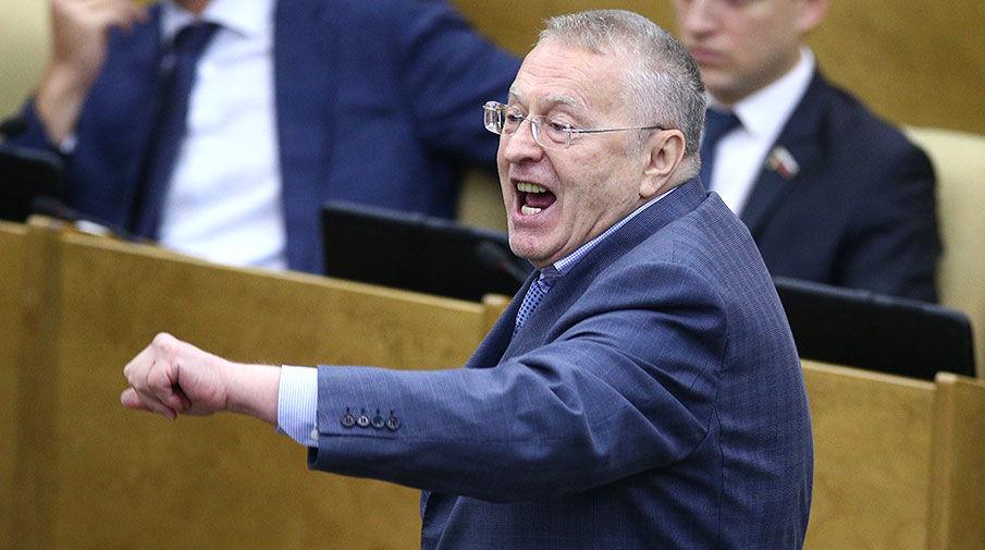 С Жириновского слетели штаны в прямом эфире: во время предвыборных дебатов случился конфуз